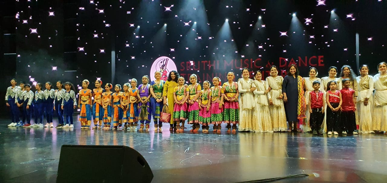 Bollywood park - Sruthi Music and Dance Training Center